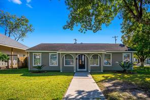 502 Live Oak Street, Pasadena, TX 77506
