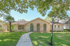 18546 Prince William Lane, Nassau Bay, TX 77058