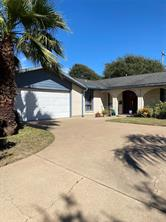2920 Beluche Drive, Galveston, TX 77551