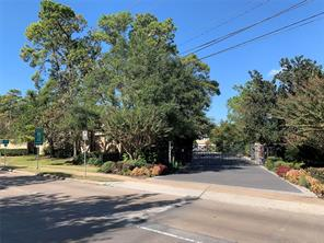 10102 Memorial Drive, Houston, TX 77024