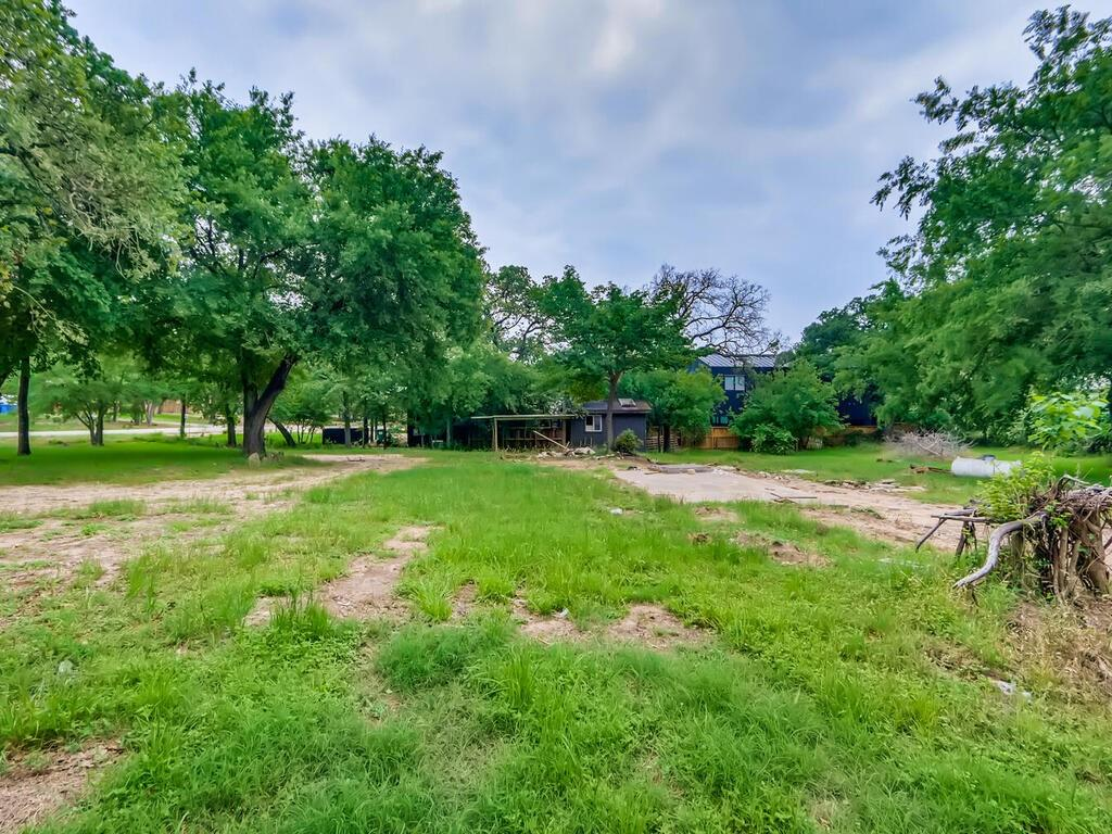 2/3 Acre by Steiner Ranch .Baldwin Estates 2 legal lots 1/3 acre each .One has a 2-2 mobile home rents for $1500 but is empty now .Great for builder or make a homestead. Close to Lady Bird Lake aka Lake Austin. Land has over 40 trees .Low traffic interior lot. New Home next door sold 1,300,000+/-.