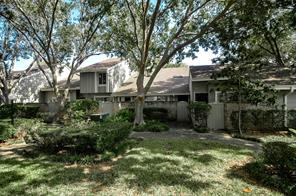 6825 Greenway Chase Street, Houston, TX 77072
