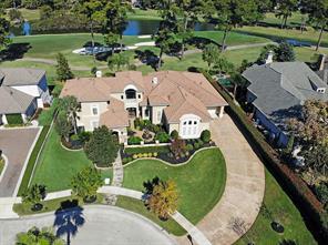 4 Golf Links Court, Kingwood, TX 77339