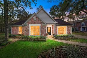 2 Thorn Berry Place, The Woodlands, TX 77381