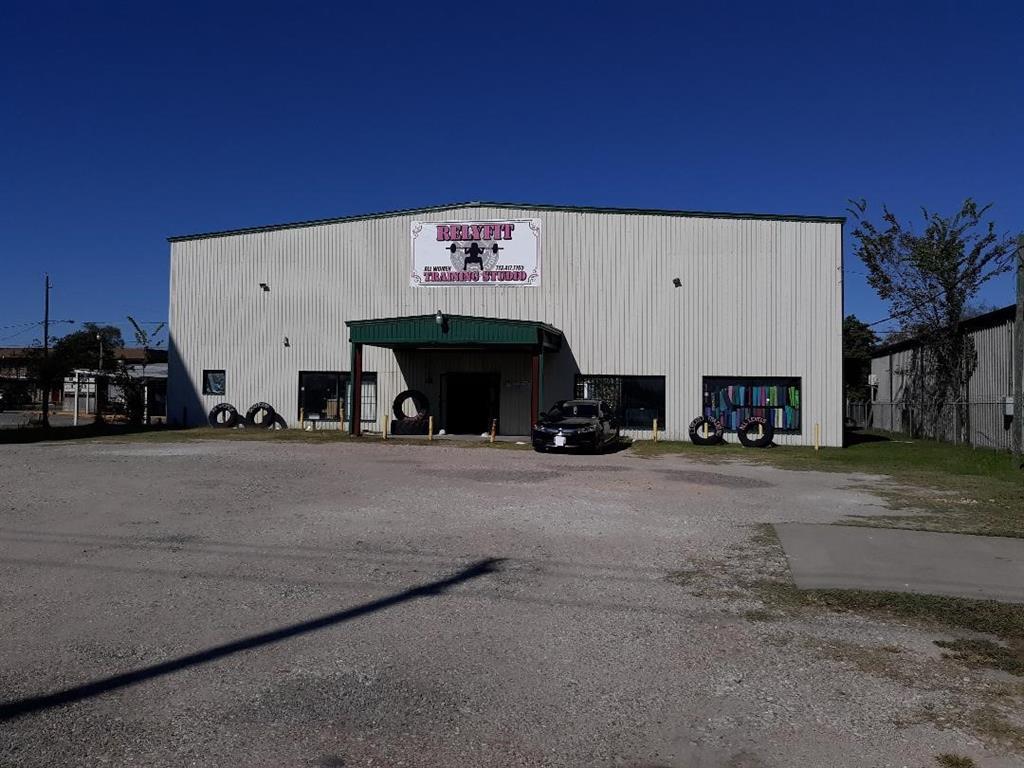 14307 East Freeway, Houston, TX 77015