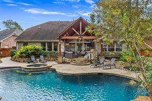 24 Wooded Path Place, The Woodlands, TX 77382