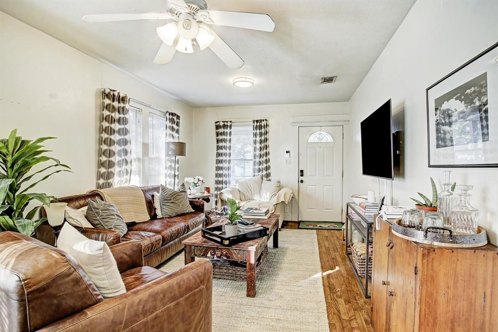 The living area of the home is spacious and bright, and readily accommodates big, comfortable furniture.
