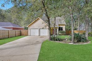 9960 Pine Point Drive, Montgomery, TX 77316
