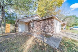1705 Tyler, Conroe, TX, 77301