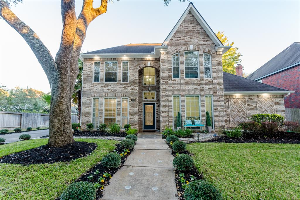 BEAUTIFULLY UPDATED AND IMPECCABLY MAINTAINED FAMILY HOME IN THE HEART OF NEW TERRITORY! SO MANY UPGRADES! GORGEOUS FRONT ELEVATION W/LIGHT COLORED BRICK. INSIDE EVERYTHING HAS BEEN REMODELED! GORGEOUS KITCHEN WITH WHITE CABINETS, GRANITE COUNTERTOPS W/WATERFALL EDGE, AND MARBLE BACKSPLASH OPENS UP TO A LARGE FAMILY ROOM W/ELEGANT FIREPLACE. FORMAL LIVING/DINING PLUS STUDY. ROMANTIC MASTER SUITE W/COMPLETELY REMODELED MASTER BATH IN 2020. BATHROOM FEATURES MARBLE FLOORS, QUARTZ COUNTERTOPS, NEW SHOWER, AND HIS/HERS CLOSETS. UPSTAIRS FEATURES A GAMEROOM PLUS 3 BEDROOMS. LIGHT COLOR FLOORING AND GRAY WALLS THROUGHOUT. LARGE BACKYARD PROVIDES KIDS WITH PLENTY OF SPACE TO PLAY. WALKING DISTANCE TO THE ELEMENTARY AND ZONED TO TERRIFIC FORT BEND SCHOOLS. LOW TAX RATE AND SO MUCH MORE! CALL TODAY!