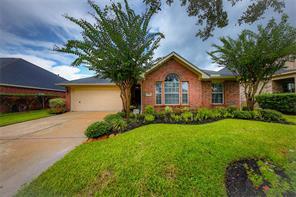 7611 Lakeside Manor Lane, Pearland, TX 77581