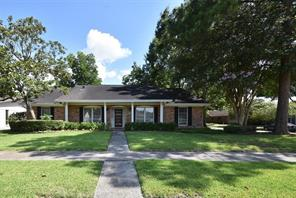 6047 Dumfries Drive, Houston, TX 77096