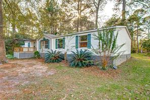 26115 Country Woods