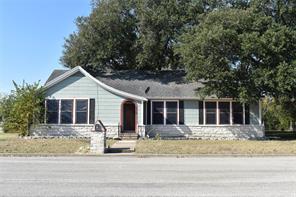 315 N Madison Street, Giddings, TX 78942