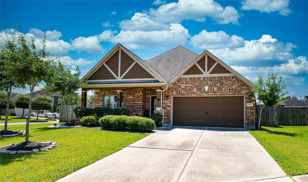 PRIDE IN OWNERSHIP IS APPARENT IN THIS 4 BEDROOM 3 BATHROOM 1.5 STORY HOME.  OPEN FLOOR-PLAN WITH HIGH CEILINGS, STUDY/ FORMAL LIVING, HUGE OWNERS RETREAT, KITCHEN OPEN TO FAMILY ROOM, BACKYARD OASIS AND SO MUCH MORE.