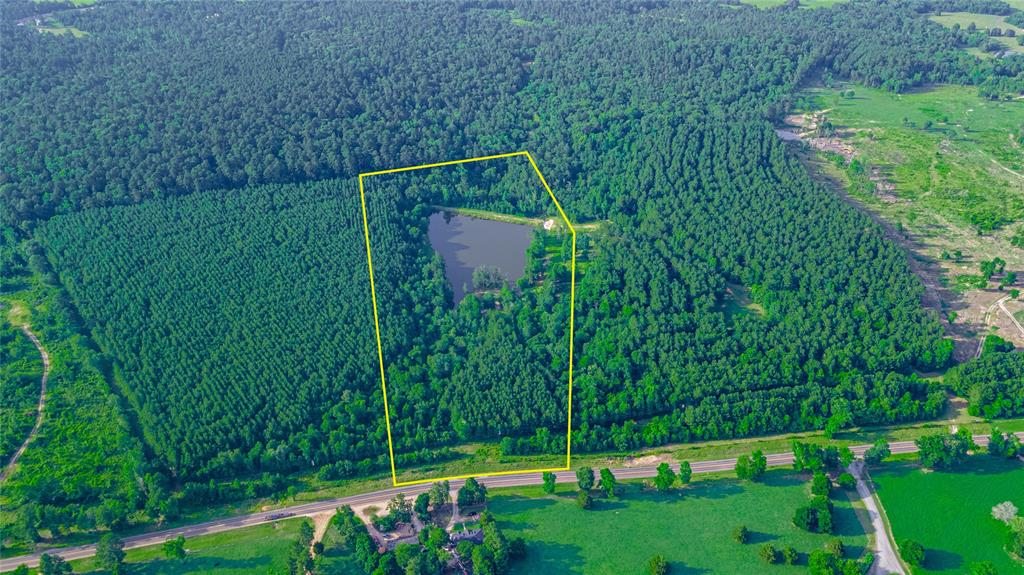 Versatile 20.322-acre property located in LOW-TAX AREA San Jacinto county, just minutes away from the 2nd largest non-restrictive lake in all of Texas - Lake Livingston, and all of the amenities that Willis has to offer! Property boasts a 3.698-acre pond, is unrestricted, and can be used for horse trails, hunting, or even to build your dream home! Schedule a showing today.