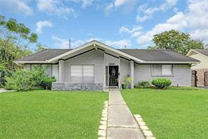 5930 Lattimer Drive, Houston, TX 77035