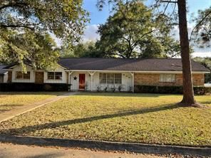 600 Northridge Street, Angleton, TX 77515