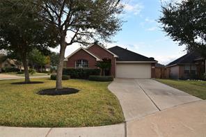 5114 Saxon Hollow Court, Houston, TX 77084