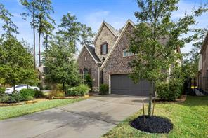 66 N Lochwood Way, Tomball, TX 77375