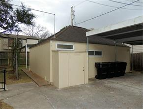 5612 1/2 Chaucer Drive, Houston, TX 77005