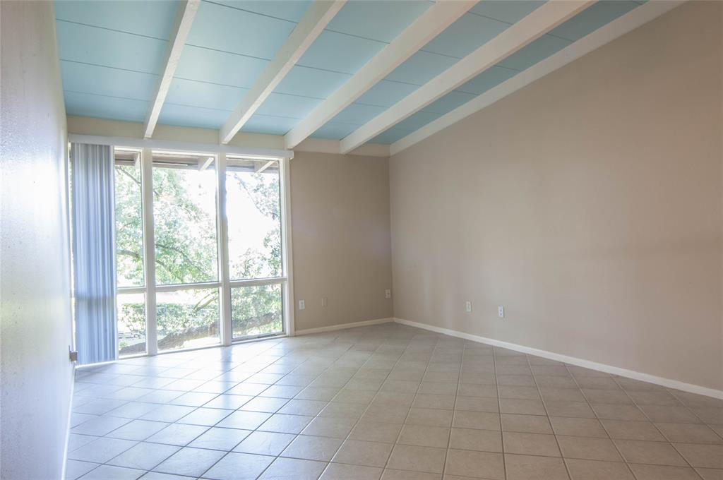 5210 Memorial Drive, Houston, Texas 77007, 1 Bedroom Bedrooms, 3 Rooms Rooms,1 BathroomBathrooms,Townhouse/condo,For Sale,Memorial,94601543