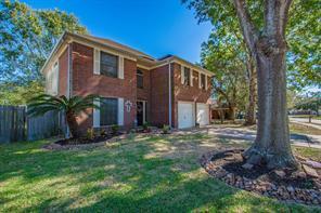 228 N Ranch House Road, Angleton, TX 77515