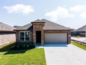 769 Rosewood, Angleton, TX 77515