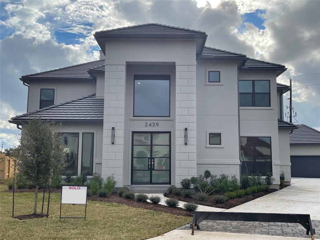 2439 Camden Creek Lane, Houston, TX 77077