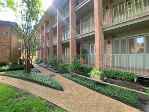 6497 Bayou Glen Road, Houston, TX 77057