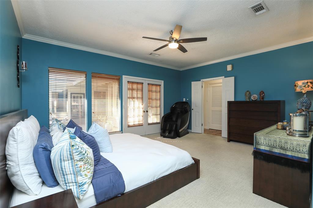 6015 Bermuda Dunes Drive
