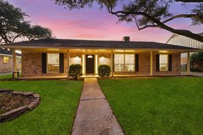 9502 Bob White Drive, Houston, TX 77096