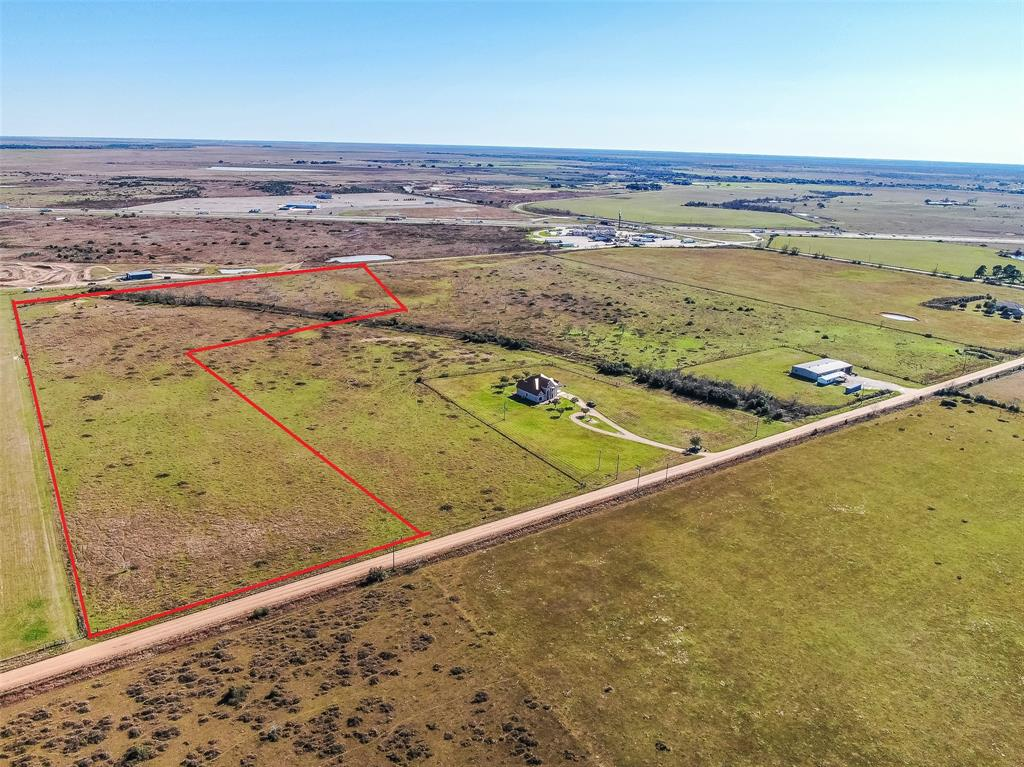 This property is close to I-10/Hwy 90 with excellent development opportunities. Build your dream home or would be great for your business. Lots of open space for cattle or horses.