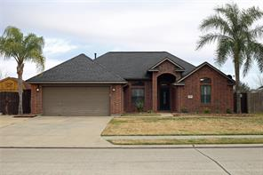 1021 Cardinal Drive, Richwood, TX 77566