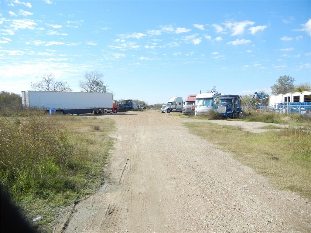 518 Fm 359 Road, Brookshire, TX 77423