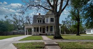 611 West Orange Avenue, Orange, TX 77630