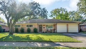 5611 Effingham Drive, Houston, TX 77035