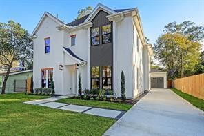 1075 Gardenia Drive, Houston, TX 77018