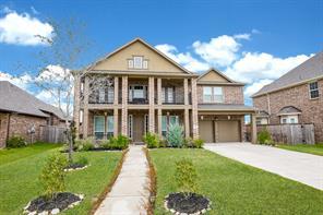 2110 Dovetail Falls Lane, Pearland, TX 77089