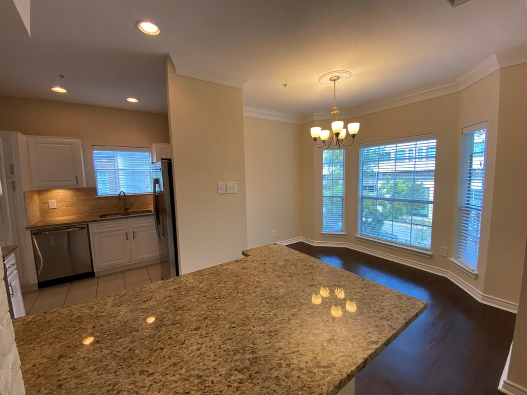 2350 Westcreek Lane, Houston, Texas 77027, 2 Bedrooms Bedrooms, 4 Rooms Rooms,2 BathroomsBathrooms,Rental,For Rent,OTHER,Westcreek,79825256