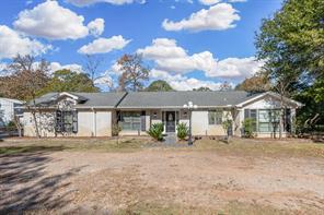 20904 White Oak Lane, Montgomery, TX 77316