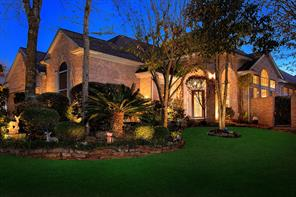 195 Claridge Oak Court, The Woodlands, TX 77384