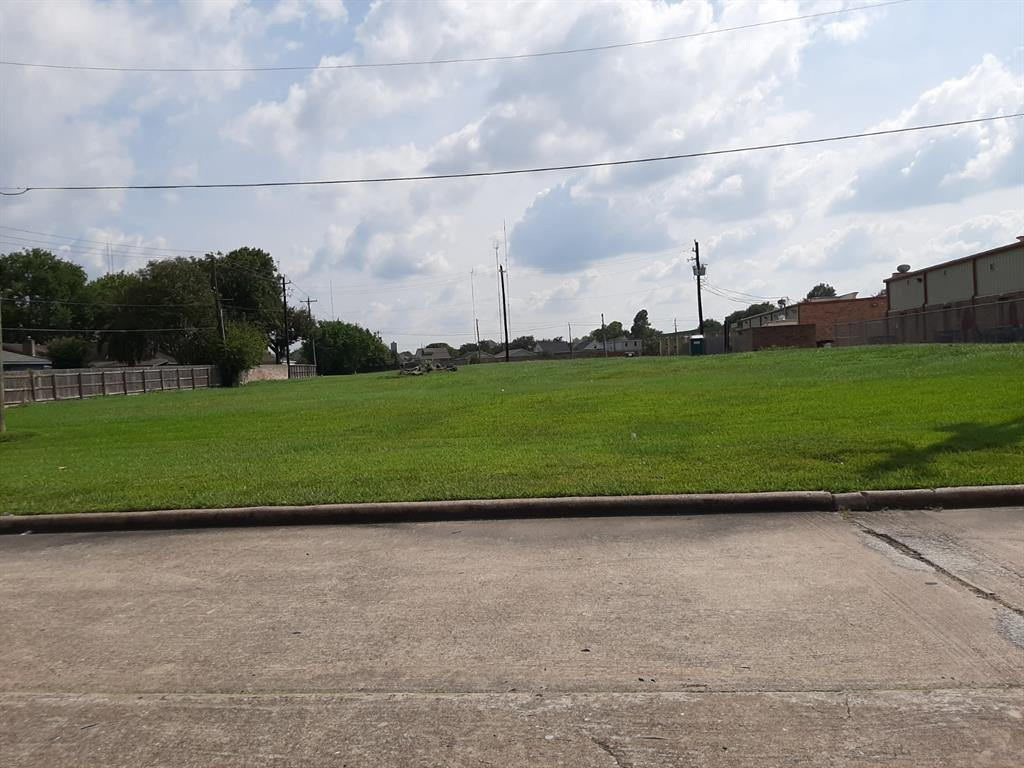 OWNER SAYS SELL--PRICE REDUCED!!  Property will need to be replatted.  Approximately 2.2 acres of raw land is being offered for sale.  No restrictions.  Missouri City address; City of Houston ETJ/Permitting.  Adjacent car wash is also available.  Car wash would give cash flow during planning and development stages, and would give direct access to Fondren for a development on the vacant land.