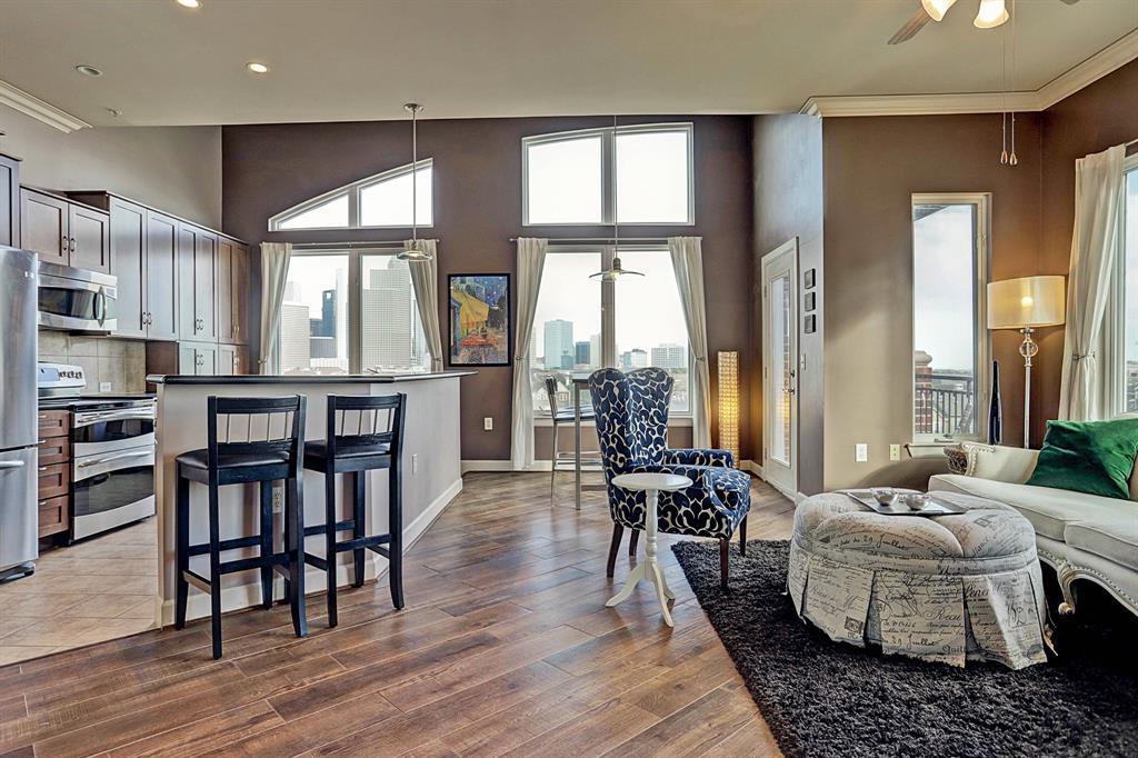 1900 Genesee Street, Houston, Texas 77006, 2 Bedrooms Bedrooms, 4 Rooms Rooms,2 BathroomsBathrooms,Rental,For Rent,THE VISTAS,Genesee,89657680
