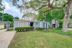 1050 W 41st Street, Houston, TX 77018