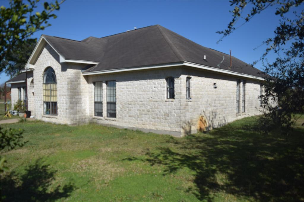 A great opportunity to own a ranch style home on 5.539 acres. The property is located directly alongside Texas highway spur 10, only 20 miles south of Houston and less than 1 mile from Texas Southwest Freeway 59. The main home residence has 4 bedrooms and 3 full bathrooms, 2 additional bedrooms are located above the garage (all room dimensions will have to be verified). An additional 10.9 acres connected to the property is available as well MLS# 19576305 totaling the property at 16.462 acres with the home. The home interior will need a few repairs to fit a new owners touch as it is priced accordingly. This property will not last long, schedule your showing as soon as possible!