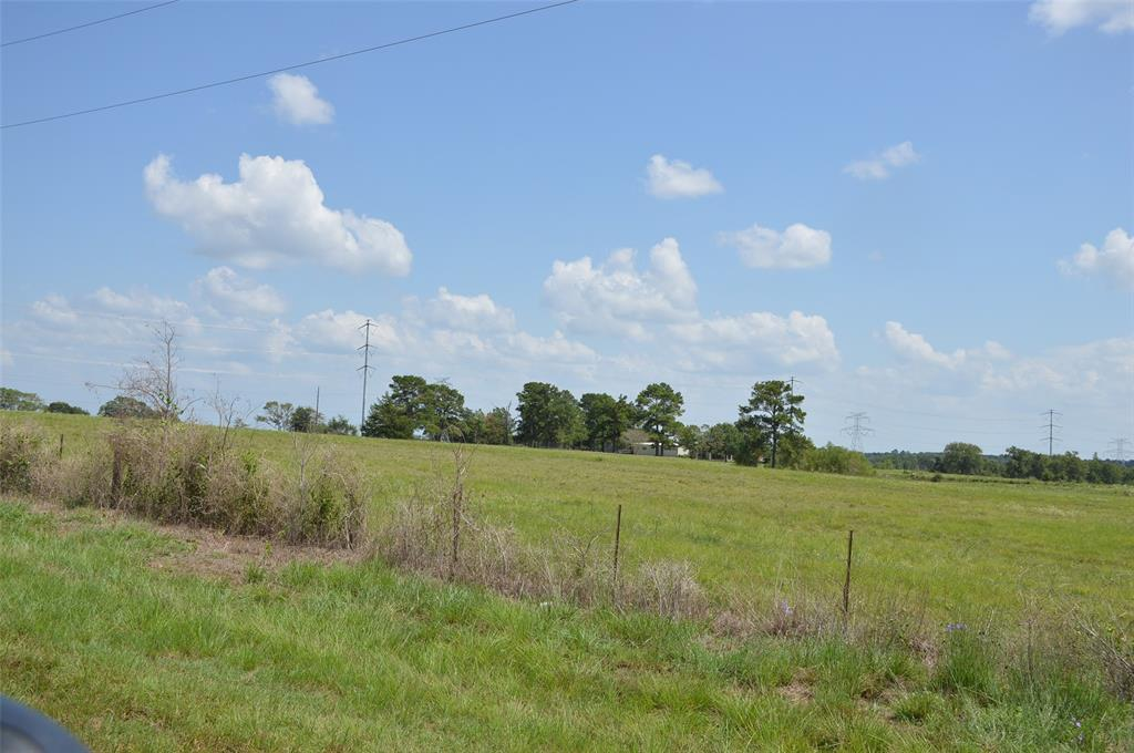 14 acres of rolling hills and great views. Anderson has a great school district and Grimes county has low taxes. This is a wonderful place to live within commuting distance of College Station, Houston, The Woodlands etc. Approx. 600 Foot of FM 149 Road Frontage X 1800 Ft deep. This is a rare opportunity to own a fantastic tract with paved road frontage in Anderson ISD. Only 5 minutes to Anderson, 30 minutes to Texas A&M or 45 minutes to The Woodlands. Lake Conroe is 30 minutes away.