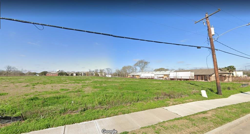 650 Brand Lane, Stafford, TX 77477