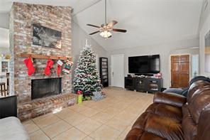 3105 Park Meadows Avenue, Deer Park, TX 77536