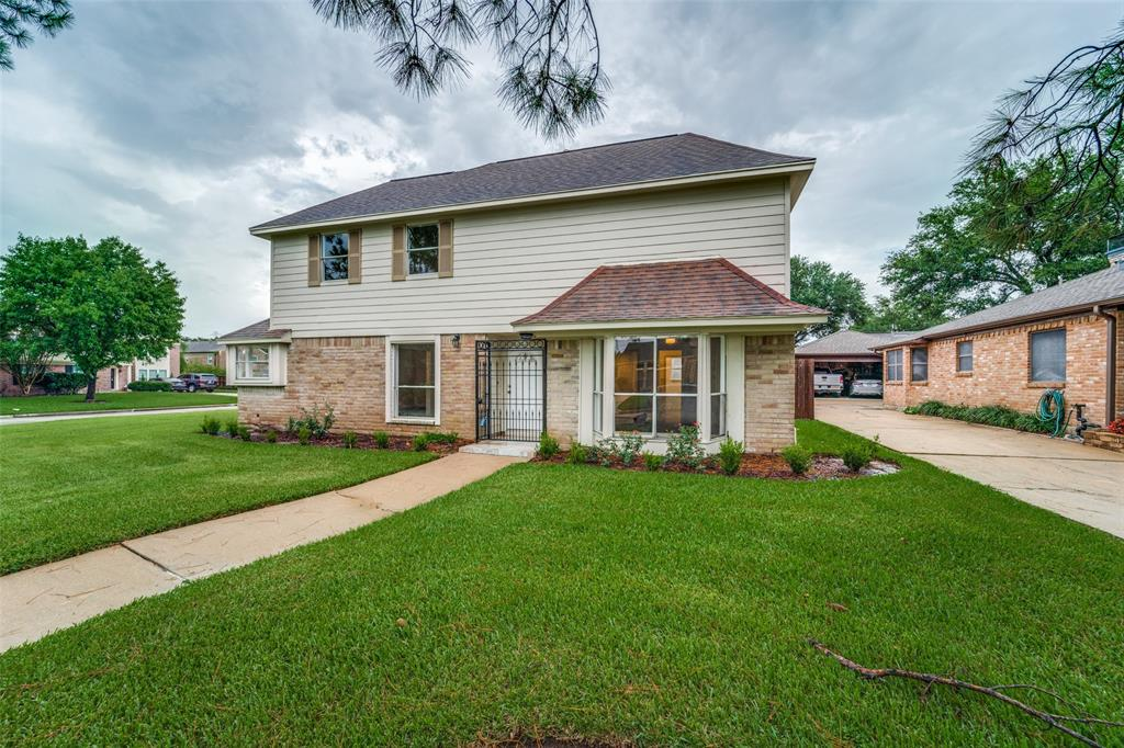 This completely remodeled open concept home in the highly sought after Sugar Creek neighborhood is filled with natural light and high ceilings. It features 4 bedrooms and 2 1/2 baths with the master on the first floor. This house sits on a corner lot with a HUGE backyard. The kitchen has been brought to life with new granite countertops, custom backsplash, new cabinetry, new GE stainless steel appliances and more! The master retreat has a breathtaking walk in shower and fully remodeled bathroom. Other updates include - lifetime transferable foundation repair warranty, new flooring (No Carpet!), new light fixtures, custom iron hand railings, interior paint, and so much more. Check out the virtual 3D tour and don't wait to schedule your showing today!